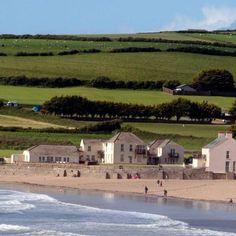 Croyde Bay, Devon Dorset England, England Ireland, Devon England, Places To Travel, Places To See, Visit Devon, Holiday Hotel, British Isles, British Seaside