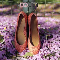 Bom Dia Koquinas! Sapatilha em couro tresse da linha Handmade #raphaellabooz Além de linda, hiper confortável. #koquini #sapatilhas #euquero http://koqu.in/1nYl7hR