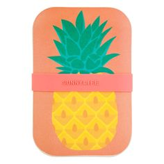 ffb7a76c5af Pineapple Lunch Box by Sunnylife at www.pinksandgreen.co.uk