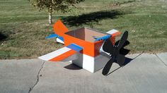 This is the completed cardboard airplane that I made for my nephews 3rd birthday!