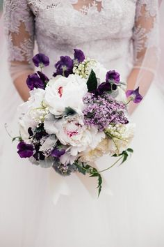 Chic purple and white wedding bouquet (Featured Photographer: Eli Turner Studios) The Bridal Dislh says I do to that. Summer Wedding Bouquets, Bride Bouquets, Wedding Colors, Wedding Flowers, Bouquet Wedding, Mod Wedding, Dream Wedding, Wedding White, Shades Of Violet