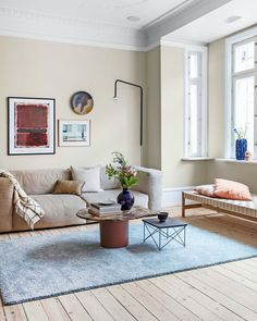 Pastel Living Room, Living Room Modern, Home And Living, Apartment Interior, Living Room Interior, Living Room Decor, Pastel Interior, House Front Design, Decoration