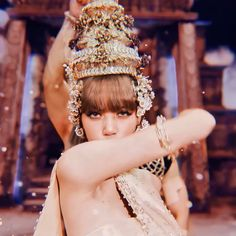 Blackpink Lisa, Dancer, Lily, Actors, Rose, Beautiful, Jewelry, Filters, Kpop