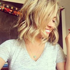 Country Chic in North Idaho: How to Get Beach Waves for Short Hair