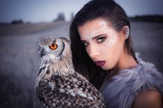 Model: Anna Kotłowska & owl Bobek Sowa Luna Make up: Marta Beczek Make Up Artist Photographer: Adrianna Kunikowska