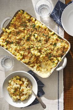 cauliflower mac and cheese Super Bowl Party, Vegetarian Dinners, Vegetarian Recipes, Cooking Recipes, Healthy Meals, Veggie Meals, Healthy Recipes, Freezer Cooking, Dinner Healthy