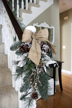 What a great idea for the end of a hand rail. If you love burlap this would be perfect! #christmas #decor