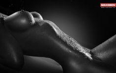 Erotic photography, bodypainting, wet and messy, bondage, encasement. Female body is the greatest fetish. Bright Tattoos, Long Wavy Hair, Erotic Photography, Female Photographers, Ebony Women, Model Pictures, Beautiful Eyes, Body Shapes, Sexy Legs