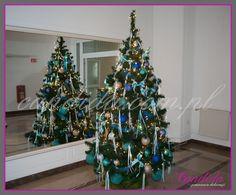 Życzenia świąteczne – dekoracje choinek 2014 – Zwyczaj strojenia świerku, jodły rzadziej sosny, z okazji Świąt Bożego Narodzenia, dotarł do Polski na przełomie XVIII i XIX wieku za sprawą niemieckich protestantów. Tradycja dekorowania drzewek stała się dość szybko integralną częścią Świąt Bożego Narodzenia... #choinki #dekoracjachoinki #dekoracjebożonarodzeniowe