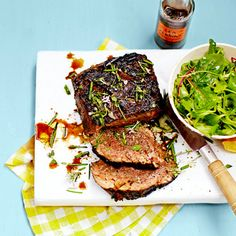 Barbecuebeef à la Jamie Oliver recept - Jamie magazine Jamie Oliver, Bbq Beef, Barbecue, Quick Meals, Lamb, Foodies, Main Dishes, Good Food, Pork