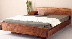 Polivalente. Estos muebles se destacan por su comodidad, por crear ambientes naturales y adaptarse a diversas construcciones. Se presentan en maderas naturales o recicladas.