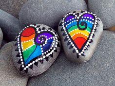 Corazones felices imanes / pintado rocas / Sandi Pike Foundas / Cape Cod mar piedras