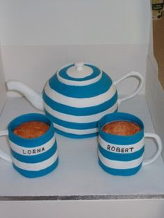 Edible Art of the Day Winner for Friday August 17, 2012 is David Mason and his Cornish Blue tea set!!!  Stunning work.