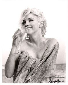 Marilyn with champagne - such an inspirational woman!  Thanks, Marilyn!  I'll chill that champagne on le double!
