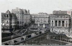 Viaduto do Chá, Praça do Patriarca e Vale do Anhangabaú. Década de 1920. Entre o Viaduto do Chá, 2 dos 3 Palacetes Prates. Ao fundo, o prédio da Mappin Stores.