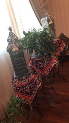 Ramadan Sweets, Ramadan Crafts, Ramadan Decorations, Table Decorations, Diy Resin Crafts, Diy And Crafts, Islamic Celebrations, Ramadan Images, Henna Candles