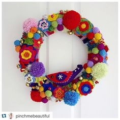 """""""Hands down, this is the most beautiful Christmas wreath I've seen this year. Want. #Repost @pinchmebeautiful with @repostapp. ・・・ Jump on the #blog for…"""""""