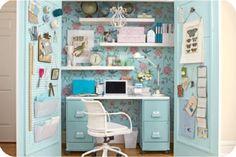 cool hidden home office :)