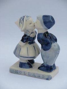 lot vintage blue & white Delft pottery, windmill scene bulb planter, dutch children