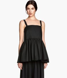 H&M Peplum Blouse - This wide cut style is so dramatic and just begging to find it's place in my closet! #mhkinstl #morningmusthaves