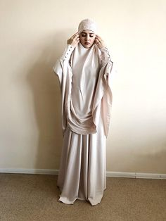 Instant Hijab, Wedding Hijab, Hijab Chic, Muslim Women, Beige Color, Elegant Woman, Lady, Lace Trim, Waist Skirt