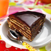 Recette de Gâteau de crêpes à la crème de marrons par Francine. Découvrez notre recette de Gâteau de crêpes à la crème de marrons, et toutes nos autres recettes de cuisine faciles : pizza, quiche, tarte, crêpes, Desserts de Noël, ...