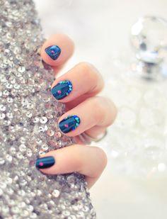 Jasmine Manicure   Deep Teal Nails w/ Gemstone Accents