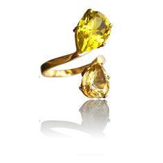 golden ring with citrine gemstones, handmade jewellery, by goldsmith designer in the hague / martirosian jewellery