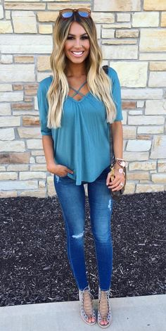 Cute top, jeans, and shoes
