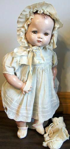 Ideal Doll Made in USA Patent no 2252077 might be a Plassie baby doll 18 Composition limbs hard plastic head cloth body original dress and bonnet 194647 Dollhouse Dolls, Miniature Dolls, Doll Toys, Baby Dolls, China Dolls, Old Dolls, Antique Toys, Doll Face, Toys For Girls