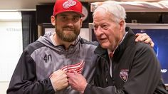 Howe celebrates 88th birthday with Red Wings