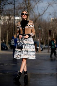 The Best Street Style Looks From Paris Fashion Week Fall 2020 Cool Street Fashion, Paris Fashion, Fashion Photo, Autumn Fashion, Autumn Street Style, Street Style Looks, French Brands, Style Snaps, Sequin Skirt