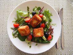 Saganaki-salaatti