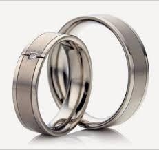 sepasang cincin palladium
