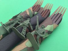 Hey, I found this really awesome Etsy listing at https://www.etsy.com/listing/227855319/army-flatware-5-army-theme-party-cutlery