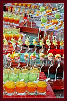 Cocktail Buffet at the Globe by mauriziopani, via Flickr