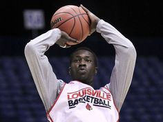 Louisville practices in Indianapolis for the NCAA Sweet 16
