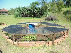 Horta em forma de octogono, agora com sombrite