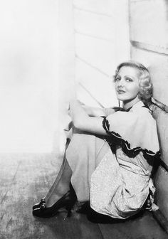 This is a photo of Jean Arthur.  This is NOT Bette Davis.