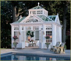 Glass gardenhouse.