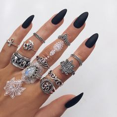 ☾ Amäłi Hiłtøn ☾ --- nails, black, midnight acrylic, beauty, hair, henna, style, rings, jewels, pastel, fashion.