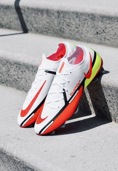 Best Soccer Shoes, Best Soccer Cleats, Soccer Boots, Football Boots, Souliers Nike, Nike Motivation, Superfly, Black Accents, Nike Free