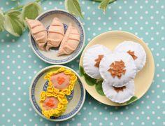 Dim sum: Siew Mais, Dumplings, Chwee Kueh #thefeltgourmand #playfood #feltfood #handmade #singapore #chweekueh #dumplings #gyozas #siewmai