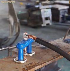 Diy Welding, Welding Tools, Metal Welding, Metal Tools, Diy Tools, Metal Projects, Welding Projects, Gate Designs Modern, Construction Tools
