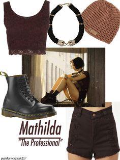 The Professional: Mathilda Natalie Portman The Professional, The Professional Movie, Professional Outfits, Leon Matilda, Mathilda Lando, Pretty Punk, 90s Fashion Grunge, Grunge Look, Foto Pose