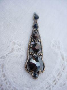Mysterious Night Bindi  swarovski crystal belly by KuhlJewels, $14.00