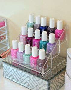 15 Nail Polish Storage Ideas Every woman loves to beautify their nail with beautiful polishes. The problem is there are a lot of nail polish that they love and it needs to be organized well. Nail Polish Stand, Nail Polish Storage, Nail Polish Crafts, Essie Nail Polish, Nail Polish Designs, Nail Art Designs, Organize Nail Polish, Nail Polish Holder, Diy Nagellack