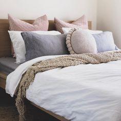 Bedroom Design Ideas – Create Your Own Private Sanctuary Scandi Bedroom, Boho Bedroom Decor, Bedroom Ideas, Design Bedroom, Cushion Arrangement, Bedroom Arrangement, Bedroom Cushions, Boho Cushions, Ikea Home