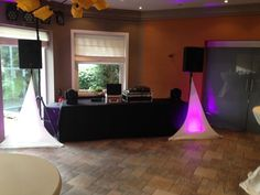 Basic clean #wedding setup with skrims & some moving heads for extra dynamics