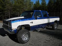 2 tone 73-87's! - Page 2 - The 1947 - Present Chevrolet & GMC Truck Message Board Network 87 Chevy Truck, Chevy 4x4, Lifted Chevy Trucks, Gm Trucks, Jeep 4x4, Chevrolet Trucks, Diesel Trucks, Chevy Pickups, Cool Trucks
